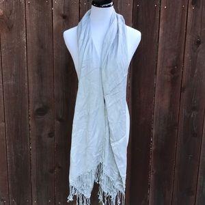 Light grey fringe scarf